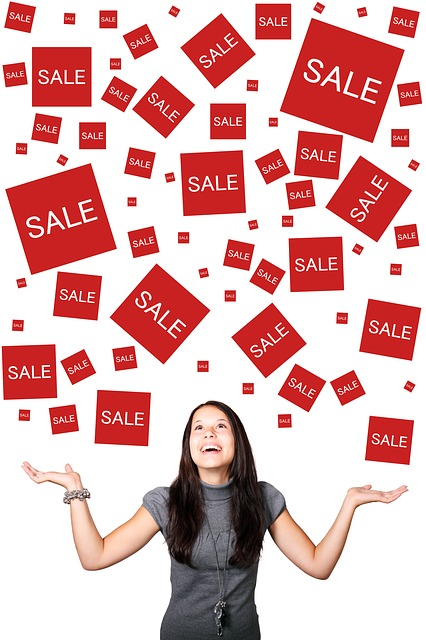 consigli shopping saldi curvysalad spese sconti sales donna curvy plus size sconti